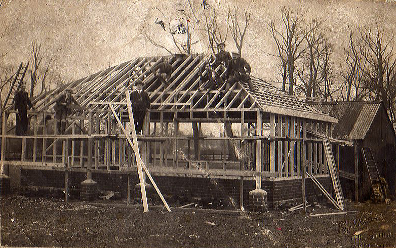 1935-Clubhouse-Build